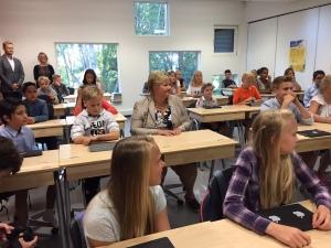 Statsministeren besøkte Åskollen på første skoledag etter ferien