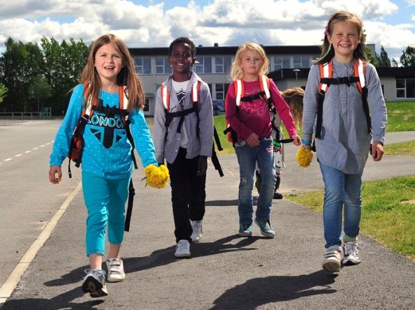 Vi vil ha veien til skolene sikrere.